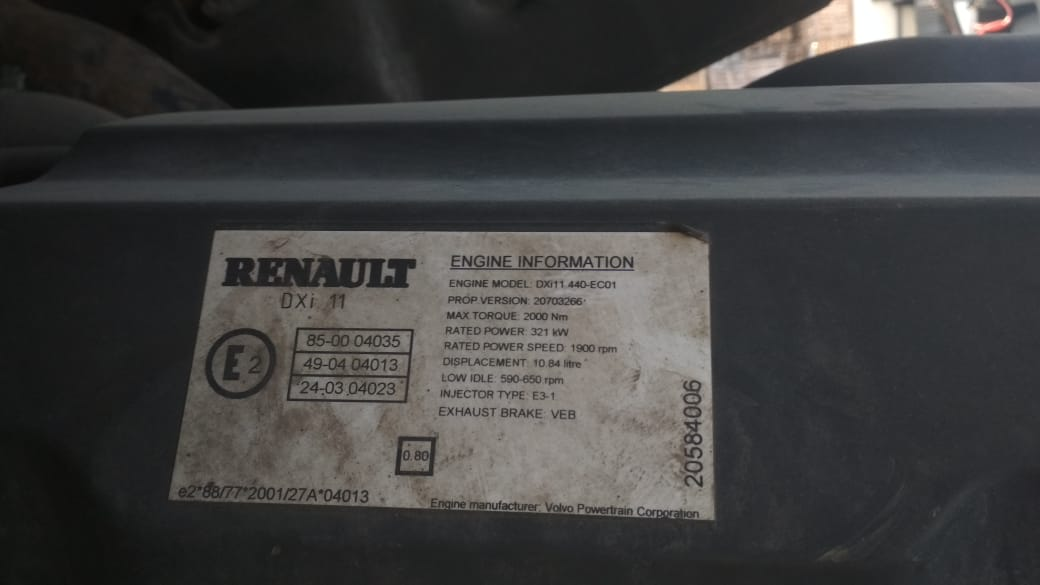 На разборе Renault Premium Vostok3 Без пробега по РФ